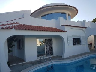 Ground floor of Villa near Praia Da Rocha private swimming pool