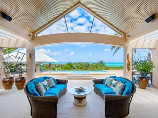 Your Luxury Home sleeps 6 on the worlds number one island and beach