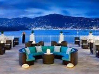 BEAUTIFUL 2 BEDROOM VILLA WITH OCEAN VIEWS