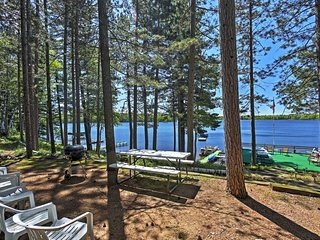 NEW! 2BR Boulder Junction 'Spruce Cottage' on Lake