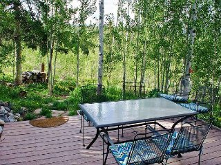 2BR w/ Mountain & Lake Views—Near Lake Dillon, Hiking, & Skiing