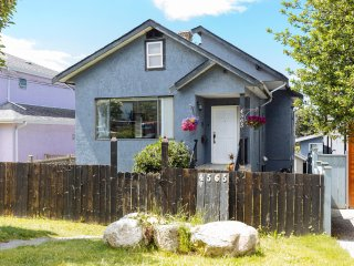 Cozy and Beautiful 3BD Home