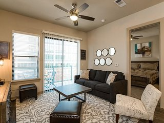 JUST LISTED! Minutes to Downtown! 2/2 w/ Balcony and Full Amenities! Book Now