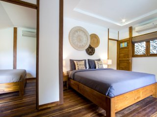 Orora Bungalow B4 in the heart of Canggu. Only 400 meters from the beach.