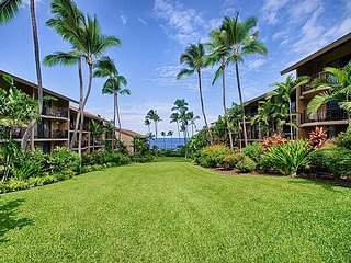 2 bedroom condo in Oceanfront complex, large lanai