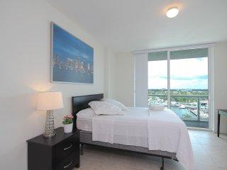 Oaks Marina & Tower Lux. Condos / 3