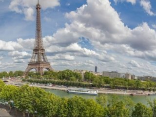 5 Bedroom Near Eiffel Tower with Stunning Views