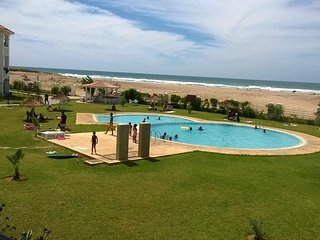Appartement F4 dans résidence avec piscines et accès directe à la plage