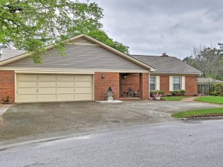 Lovely 3BR Augusta Home w/Wifi & Gazebo