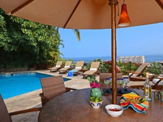 Casa Ileana - Ideal for Couples and Families, Beautiful Pool and Beach