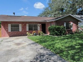 Budget Friendly Cozy Pool Home In The Heart of Tampa