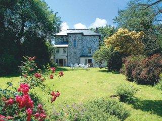 Rosemundy Villa
