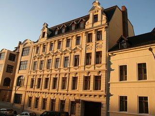 Haus Gründerzeit - 5 Fewos in ruhiger Zentrumslage
