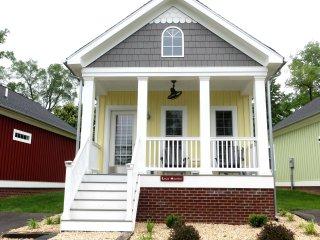 Jewell Hollow Luxury Cottage-Luray VA-Sleeps 5