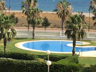 APARTAMENTS IN ALMERIMAR BEACH