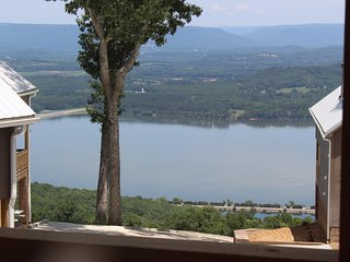 HEAVENLY VIEW! CHATTANOOGA, TN 20 MILES  Paradise Pointe Resort (Cloud 9)