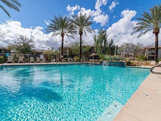 Location, Views, Space, Beauty, Walking Distance, Pools, Spas, Fitness!