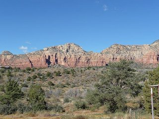Casita Red Rock is a true vacation cabin nestled within the RED ROCKS!