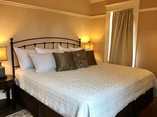 RedTail Inn ~ The 'Red' McCall Suite ~ Sleeps Six