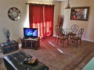 1 Bdrm, Condo, Walk in,mini golf,wifi, Indoor Pool
