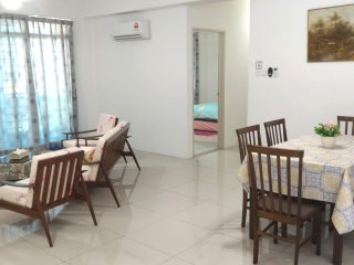 30min to airport 3 Bedroom Apartment