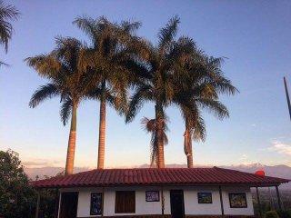 Una joya imperdible en el mar verde del Quindio,Finca el bazar Alojamiento rural