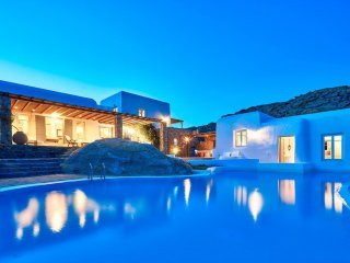 BlueVillas | Selena | Private infinity pool with view