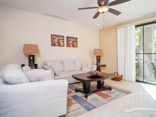 Pacifico L1005, ground floors 3 bedroom condo with comfy terrace!