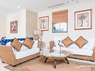 Pacifico C504, tropical designed 3 bedroom condo with spacious living area