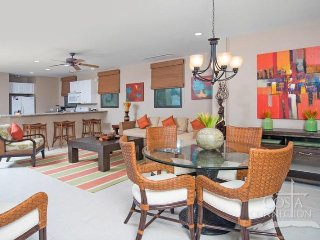 Pacifico C505, awesome 3 bedroom condo with ocean view