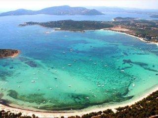 Villa à 100 mètres de la plage et des commerces locaux