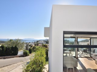 Exclusive house with gorgeous views to Talamanca, Ibiza bay and Formentera