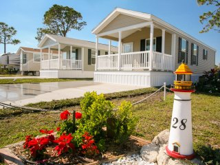One Bedroom Cottage in Daytona Beach RV Resort