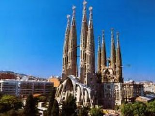 **Sunny Doble Bedroom Sagrada Familia**