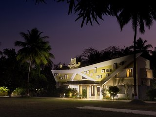 Mati - The Farm (River facing villa with excellent ambience in Daman)