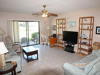 Summerhouse 151 - 2 Bedroom Ocean View Condo - 4 Heated Pools, Tennis