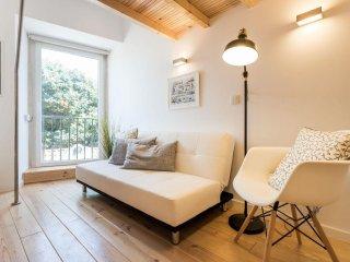 Lovely Beco do Belo Studio apartment in Alfama with WiFi.
