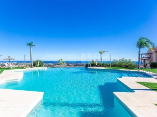Marbella Luxury Penthouse with fantastic views available July and August.