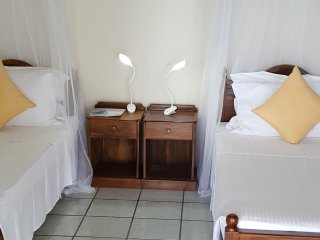 Sri Lanka Shine Lodge Twin ensuite