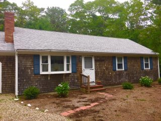 ***FALL SPECIAL!*** Osterville House Near Village & Beach!
