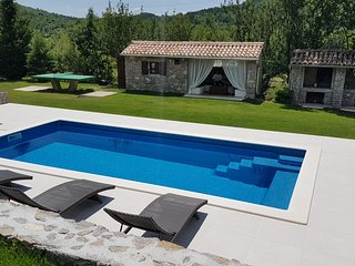 Romance in secluded place -Country house Our Istria