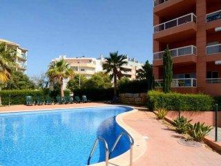 Cryan Purple Apartment, Portimao, Algarve