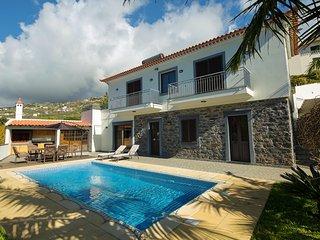 Ribeira Brava Splendid Home, Great Mountain Views
