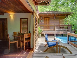 Amazing treehouse suite w/ private pool, resort amenities, & beach access!