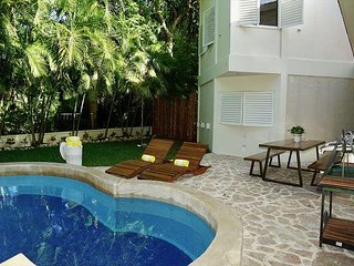 Live this beautiful House in Playa del Carmen- with private pooI- NEW ADDING