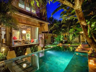 Villa Atlantis - Romantic Luxury Escape in Seminyak