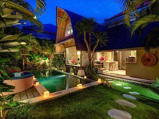 Villa Atlantis - Private Luxury Escape in Seminyak