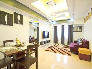 2 Bedroom Condo (Best Location Best View Cebu City)