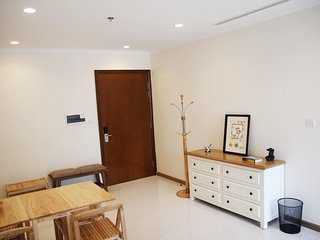 Brand-new 2BR apt in Vinhomes Central Park