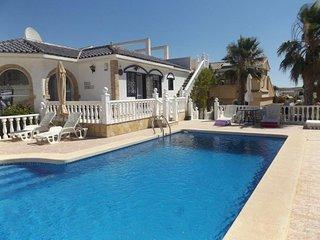 Villa Isabella, Executive/lux pool, golf beach, sleeps 6. Walk to golf.Camposol